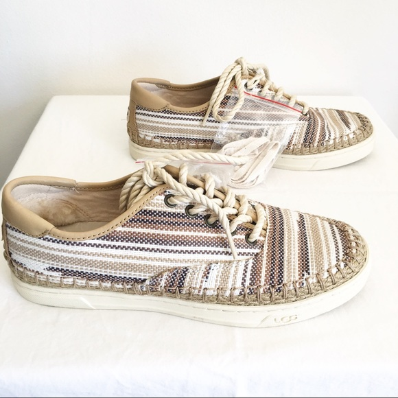 46709c7e793 NWOB Ugg Eyan II Serape Sneaker Size 7